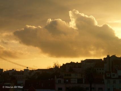 nuvens-na-dourada-cidade-2014